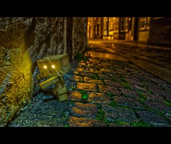 No more Alcohol (Mabloo) Tags: street city nightphotography party night canon toy amazon drink bokeh box days bremen figuren danbo schnoor revoltech