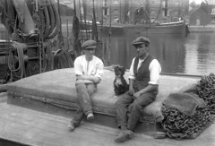barge hands dog (KindredSpiritUK) Tags: 1920s dog suffolk barge ipswich ipswichdock