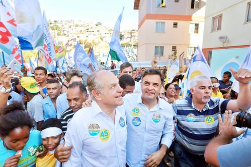 Aécio Neves na Comunidade Aglomerado da Serra (MG). - 03/10/2014
