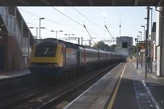 43082 Passes West Hampstead Thameslink (TheJRB) Tags: city uk england london station train diesel transport rail railway loco trains rails locomotive emt stagecoach 43 westhampstead brel class43 whp 43048 43082 westhampsteadthameslink eastmidlandstrains 1d52