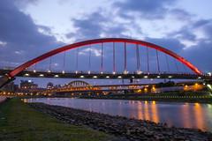 彩虹橋 (Daniel0822) Tags: bridge night taiwan taipei 台灣 台北 夜景 夜拍 橋 松山 基隆河 彩虹橋