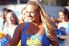 DSC_0070 (bruin805) Tags: cheerleaders ucla bruins danceteam spiritsquad pac12