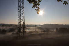 Morning Pylon Mist V (boettcher.photography) Tags: morning oktober mist fog sunrise october nebel sonnenaufgang morgen frh sashahasha boettcherphotography