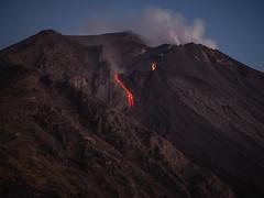 Eolie 128b - Stromboli (Valerio Lorusso) Tags: sunset island volcano lava islands tramonto smoke sicily vulcan coulee sicilia vulcano eolie stromboli aeolian fumo lavaflow isole colata colatalavica