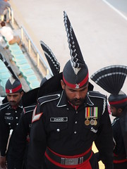 """Lowering of the flag"" ceremony @ Wagah Border @ Pakistan (*_*) Tags: pakistan india asia flag border ceremony soldiers punjab rangers lahore lowering wagah penjab beatingretreat"