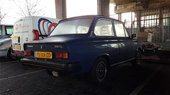 Volvo 66 1.1 DL (sjoerd.wijsman) Tags: zuidholland holanda olanda holland niederlande nederland thenetherlands netherlands paysbas carspot carspotting cars car voiture fahrzeug auto autos rotterdam import blue bluecar bluecars bleu blauw blau 75xxzd sidecode6 volvo 66 volvo66 08012017