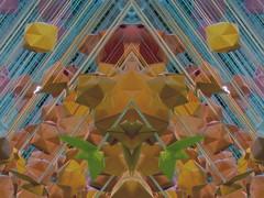 Kiss me (Ed Sax) Tags: bunt orange blau grün insekt robot fäden linien diagonale abstrakt kunst art design edsax bikiniberlin bikini exhibition denwinterkannsteknicken mademoisellemaurices