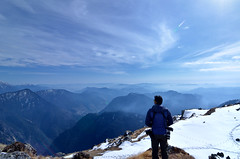 Lost In The View (_Amritash_) Tags: flickrheroes people snowcappedmountains mountains landscapes travel travelinhimalayas travelindia winter trek khaliyatop india indiaasisee uttarakhand