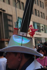IMG_6821 (neatnessdotcom) Tags: easter bonnet parade 2017 hats costumes new york city 5th avenue manhattan nyc tamron 18270mm f3563 di ii vc pzd canon eos rebel t2i 550d
