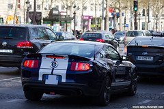 Spotting 2013 - Ford Mustang (Deux-Chevrons.com) Tags: fordmustang ford mustang voiture classique oldtimer automobile car coche auto spot spotted spotting croisée rue street paris france collector collectible automotive classic ancienne vintage collection