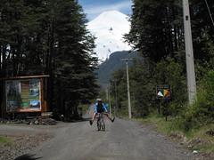 biking down volcan villarica