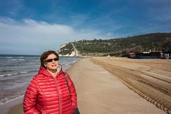 IMG_2004 (Antonio Todesco) Tags: mamma mom gargano pulia puglia calenella peschici mare spiaggia sea beach