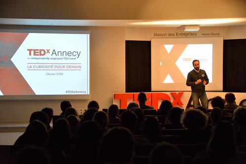 Olivier GIRY - L'homme est un produit comme un autre - TEDxAnnecy-2017 - Photo Stéphane Roland