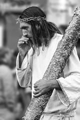 SMOKING JESUS! (E · Doughty) Tags: jesus smoker smoking fumador actor representación blackandwhite blancoynegro dof profundidaddecampo