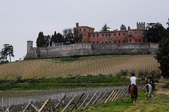 Brolio Castle, as in Middle Ages. (Antonio Cinotti ) Tags: leica leicat siena tuscany toscana italy italia ricasoli castle castellodibrolio gaioleinchianti horseride brolio chianticlassico vineyards vigneti