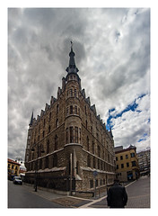 ... Peleng Gaudí ... (Lanpernas 3.0) Tags: peleng ojodepez fisheye gaudí arquitectura architecture león modernismo casabotines spain modernisme neogótico