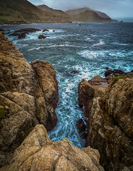 Sea Crevice (danielledufour430) Tags: bigsur california seascape landscape ocean pacific sea coast tide crevice rock rockformation mountains beautiful sonya6000