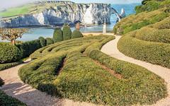 Jardin Etretat (musette thierry) Tags: etretat nikon new normandie europe thierry musette composition france falaise jardin falowme avriel printemps vert bleu