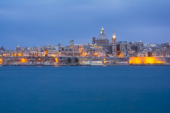 Valletta (Paolo Cinque / www.paolocinque.it) Tags: photography photographer night dusk nightphotography longexposure nightlights fantastic perfect composition nice cool awesome beautiful sea mediterranean travel traveller traveler rave traveling travelling visit visiting sight sightseeing tour tourist tourism pic picture image shot valletta lavalletta malta europe city cityscape landscape trip journey adventure worldwide sunset dark vacation fun holiday nikon nikkor d7100 camera reflex