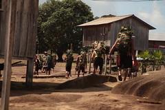 Chegada dos índios Wai Wai na tribo depois de 4 dias de caçada