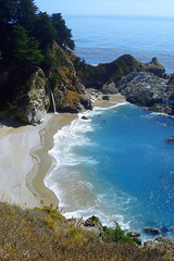 "McWay Falls and a bluegreen bay below 2 • <a style=""font-size:0.8em;"" href=""http://www.flickr.com/photos/34843984@N07/14925413954/"" target=""_blank"">View on Flickr</a>"