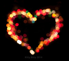 Bokeh Heart (KittyBitty: Manicured Photos) Tags: love heart bokeh conceptual heartshape loveheart bokehlights bokehheart kittybitty bokehlightsheartconcept