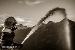 Wasser am Strahlrohr (Florian Miller) Tags: tunnel feuerwehr roteskreuz hinterstoder hss mautstrase