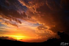 Atardecer de otoo (E.M.Lpez) Tags: sunset sky cloud sun sol clouds landscape atardecer andaluca paisaje cielo nubes otoo octubre puestadesol landschaft jan crepsculo 2014 alcallareal