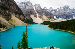IMGP2984 (I.F.HSU) Tags: banff banffnationalpark morainelake canadianrockies