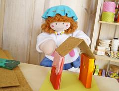 Uma casinha? (Ateliê Bonifrati) Tags: cute diy artesanato craft escolar pap portatreco diadascrianças bastidor bonifrati façavocêmesmo superziper portacoisas