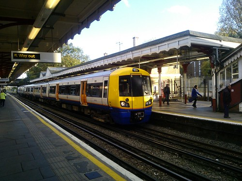 Class 378 at Harrow & Wealdstone