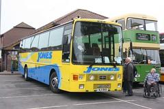 IMG86269a Jones CW MJI1940-C342DND Warminster 12 Oct 14 (Dave58282) Tags: bus jones cw shearing c342dnd mji1940