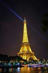 Tour Eiffel by night (Frenk H) Tags: paris by seine night tour eiffel parijs