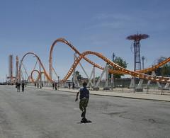 D7K_0731_ep (Eric.Parker) Tags: ocean nyc usa ny newyork coneyisland costume parade skateboard rollercoaster mermaid bigapple amusementark