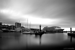 """Oasis of the Seas"" at Vigo port (pablocov) Tags: street city cruise sea urban bw espaa port puerto harbor mar calle spain barco ship harbour ciudad bn galicia porto urbana vigo 1224 crucero trasatlantico d7100"