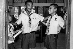 (msova) Tags: school white black kids thailand mai fujifilm chiang xe2