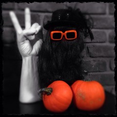"""Cousin Itt"" and Thing [BaD 10/3/14]"
