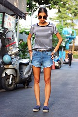 Andrea 1 (The Style Collector) Tags: street woman girl sunglasses fashion taiwan style taipei bracelets earrings fashionista chanel stylish streetwear streetstyle fashionstyle stripedtshirt b1rd shortjeans