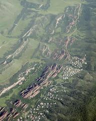 Above Roxborough Park, Colorado (cocoi_m) Tags: red nature sandstone colorado ridge geology geomorphology aerialphotograph hogback fountainformation roxboroughstatepark dakotasandstone lyonsformation