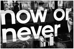 West End (Armando Alvarez) Tags: street inglaterra portrait england blackandwhite bw london blancoynegro reflections calle retrato londres doubledecker reflejos nx300