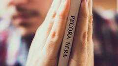 "Macro Mondays - ""The Space In Between"" (CKP Photographie) Tags: thespaceinbetween macro macromondays hmm vintage livre book"