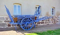 Char (Cletus Awreetus) Tags: agriculture matérielagricole char charrette france forez loire essertinesendonzy