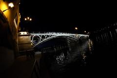 XE000046 (Enrique G Romero) Tags: españa spain sevilla triana puente bridge noche fujifilm ex2 samyang8mm