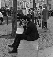 Reading a book (pedrosimoes7) Tags: largodointendente lisbon portugal books livros livres reading lendo lisant candid streetphoto lisboanarua blackwhitepassionaward streetpassionaward stphotographia