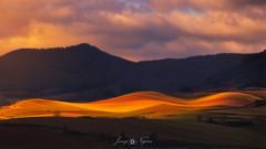 ondas (Javy Nájera) Tags: badarán berceo amanecer campo cereal cielo invierno luz montaña paisaje panorámica dawn field landscape light mountain panoramic sky winter