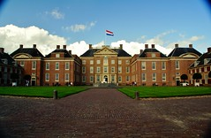 Vooraanzicht paleis Het Loo. (limburgs_heksje) Tags: loo het apeldoorn paleis gelderland