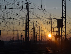 sunset (peterpe1) Tags: sunset station flickr bahnhof bochum sonne sonnenaufgang langendreer peterpe1