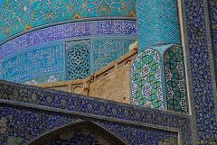 _OLI1415 (Pascale Jaquet & Olivier Noaillon) Tags: monument faence iran dcoration mosque ispahan stro religionislam architectureislamique