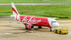 AirAsia (Joerg1975) Tags: lens airplane asia asien sony transport vietnam transportation airbus asie f80 alpha airlines tamron flugzeug saigon hochiminhcity a320 sgn linse airasia objective objektiv   vvts copyrightprotected  fluggesellschaft   tansonnhatinternationalairport 9mahv ilce6000 sonyilce6000 tamron18200vc