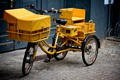 German postal service tricycle with electric booster motor, locking mail compartments and disc brakes (Dave Strom) Tags: berlin bike bicycle yellow tricycle german delivery trike postal 2014 bundespost mailtrike
